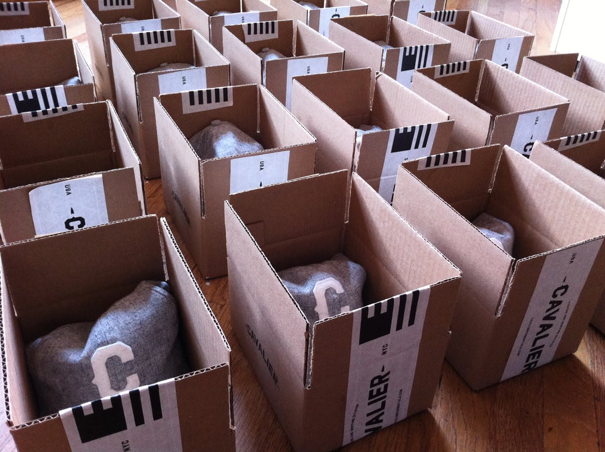 Cavalier hats boxes