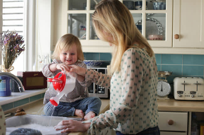 toddlers-helping-you-do-housework