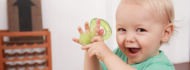 Top 8 Remedies to Soothe a Teething Baby