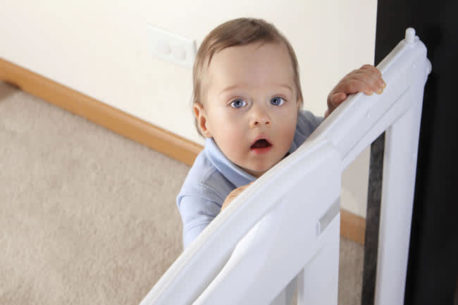 Mom-parents-babyproofing