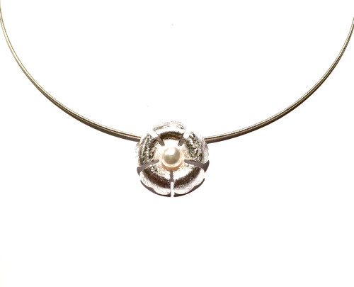 Sterling Silver & Freshwater Pearl Clover Pendant 1
