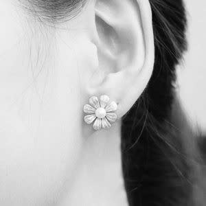 Sterling Silver & Freshwater Pearl Daisy Stud Earrings 2