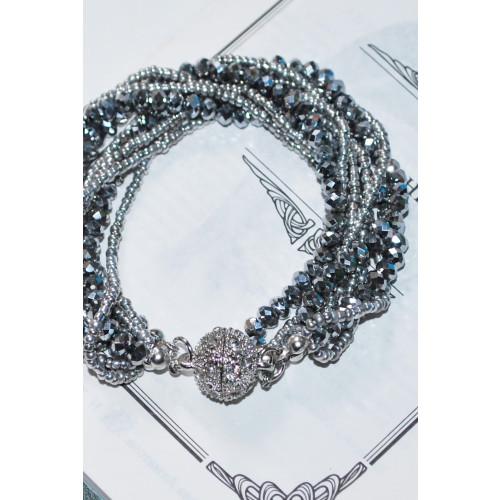 Crystal Ball Magnetic Bracelet / Black Image