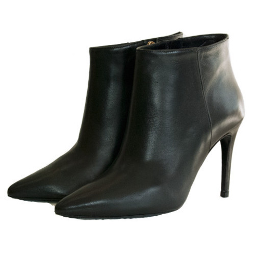 Pointy High Heel Leather Ankle Boots Image
