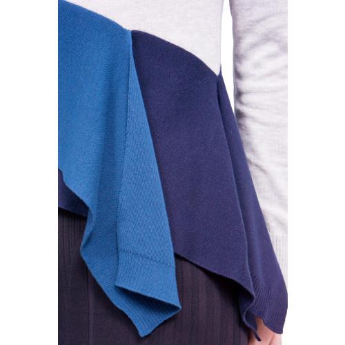 bias layered pullover Image