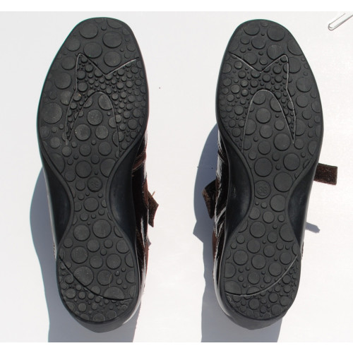 Back Patent Sport Shoe Image
