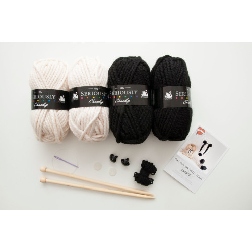 Badger Head Knitting Kit Image