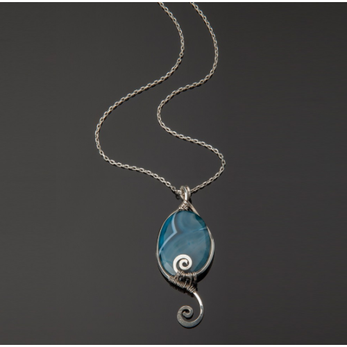 Blue agate pendent Image