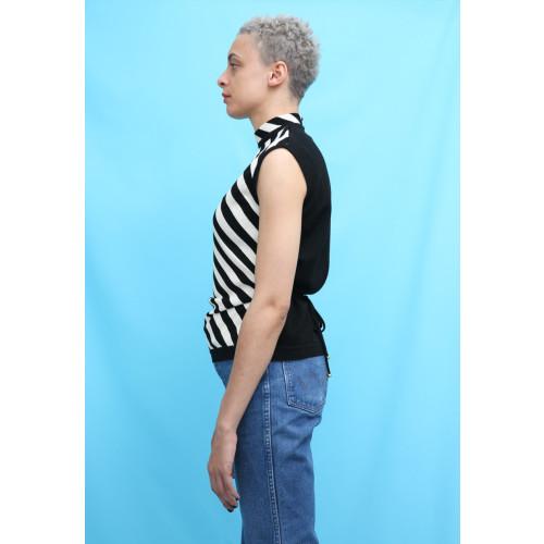 80s Vintage Black & White Stripe Sleeveless Jumper Image
