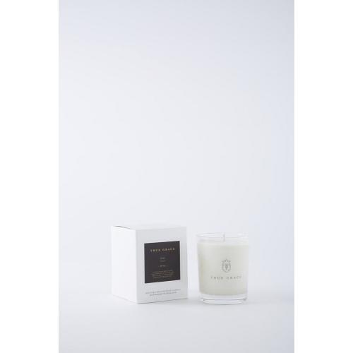 Village Classic Candle: Fig Image