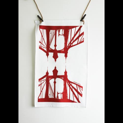 Albert Bridge Tea Towel Image