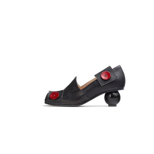 Castro Nevada Nero Shoe Image