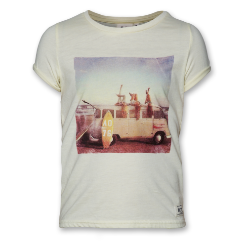 American Outfitters Beach Scene T-Shirt Lemon Image