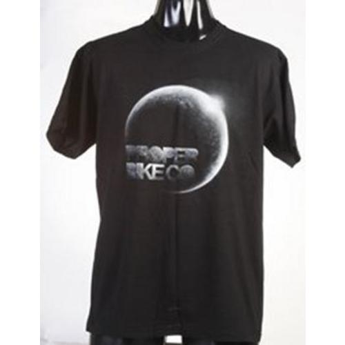 PROPER MOON T SHIRT IN BLACK SMALL Image