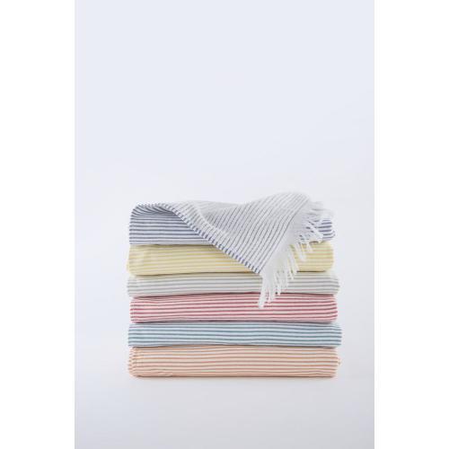 Lulu Bath Towel: Marine Image