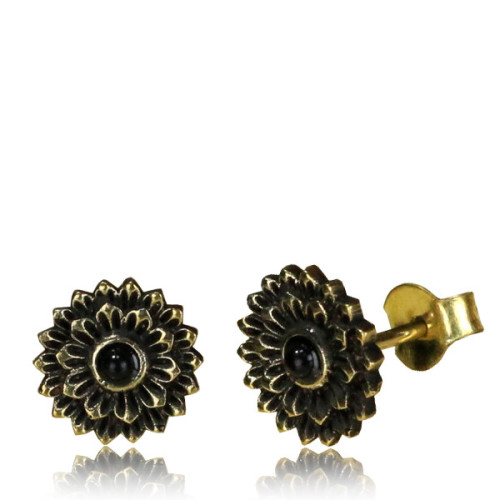 Brass lotus stud earring with onyx Image
