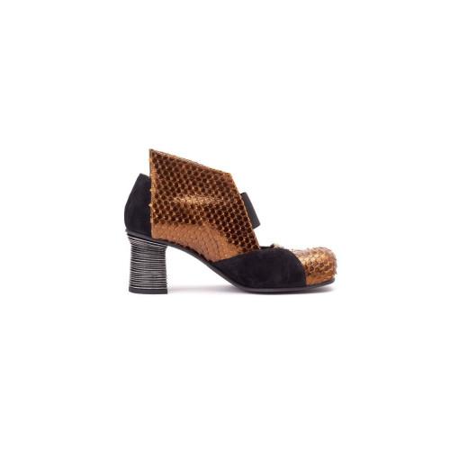 Asuni Crosta Nera Shoe Image