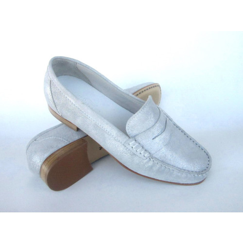 White /Grey Leather Loafer Image
