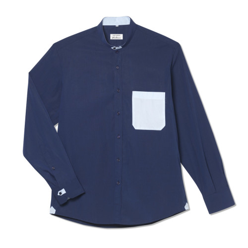 Montauk in Cool on Navy Image