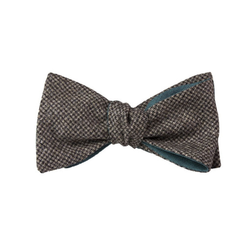 BROWN SMALL HOUNDSTOOTH WOOL BUTTERFLY BOW TIE Image