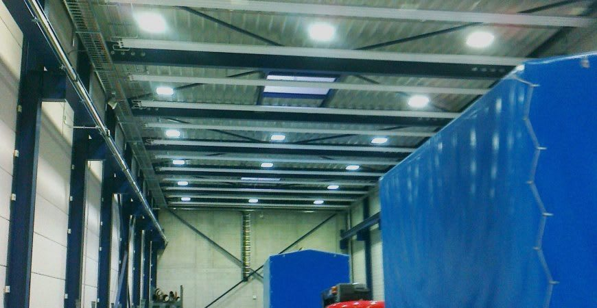 Led Beleuchtung In Montage Service Halle