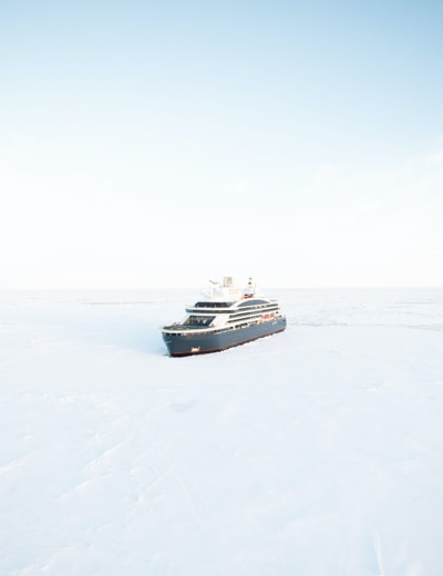 Destination: the Geographical North Pole