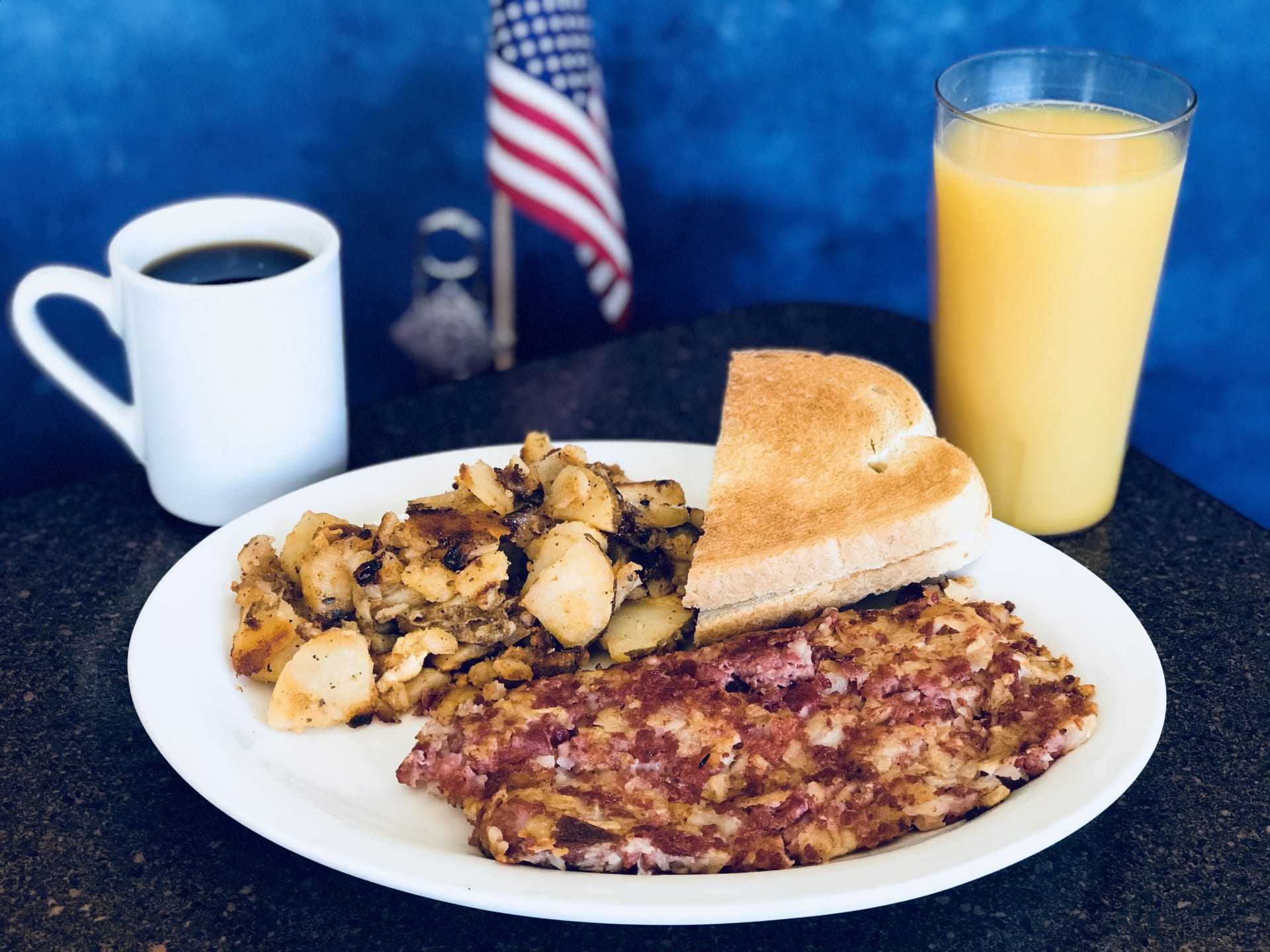 Corned Beef Hash and Eggs (House Specialty)