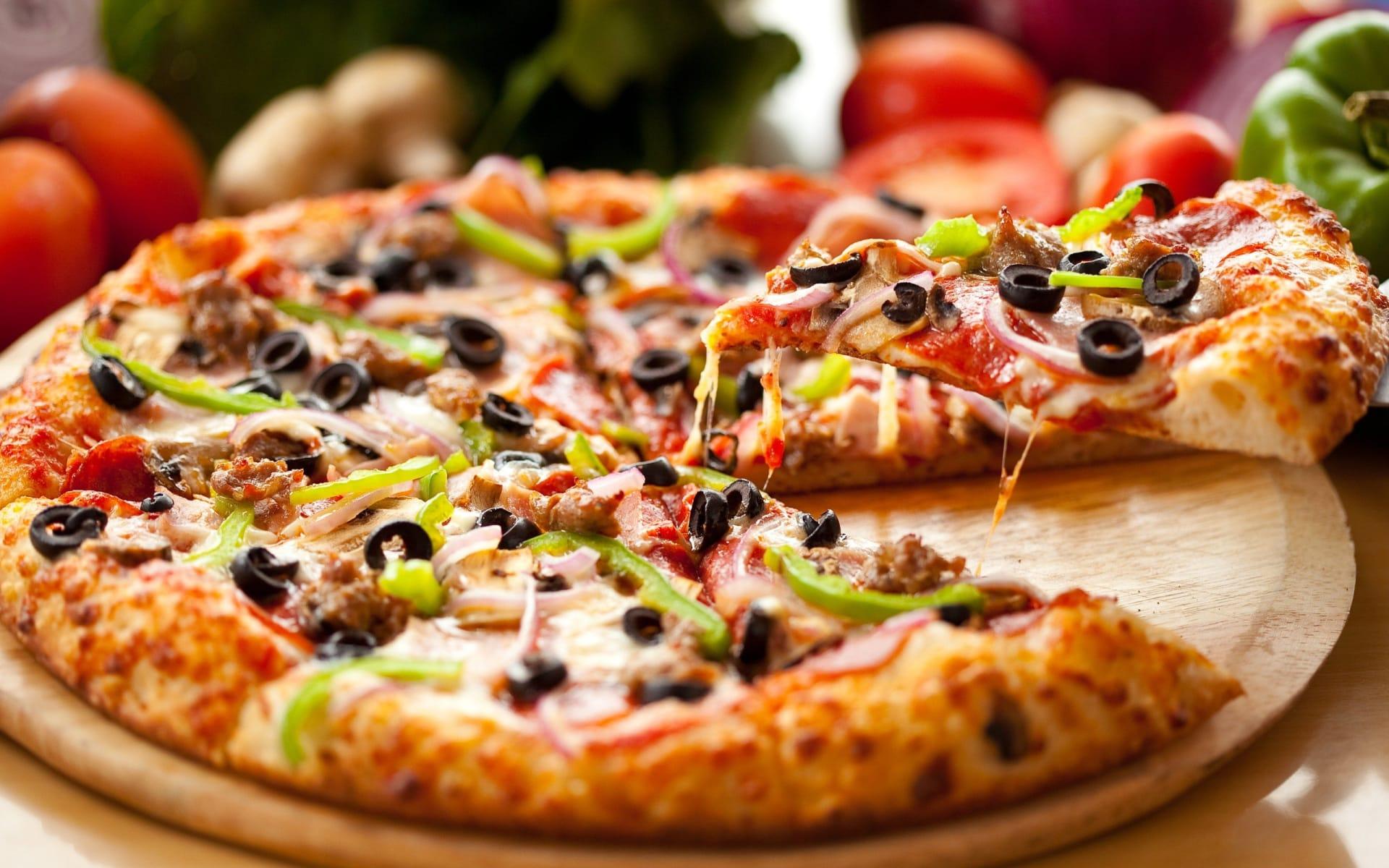 Mike's Pizza & Deli Station