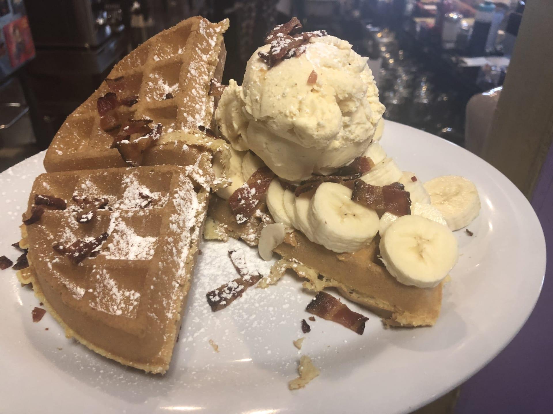 Elvis Waffle