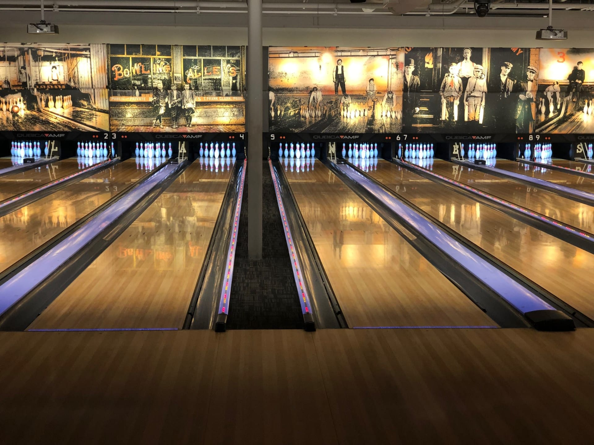 The Lanes Bowl & Bistro