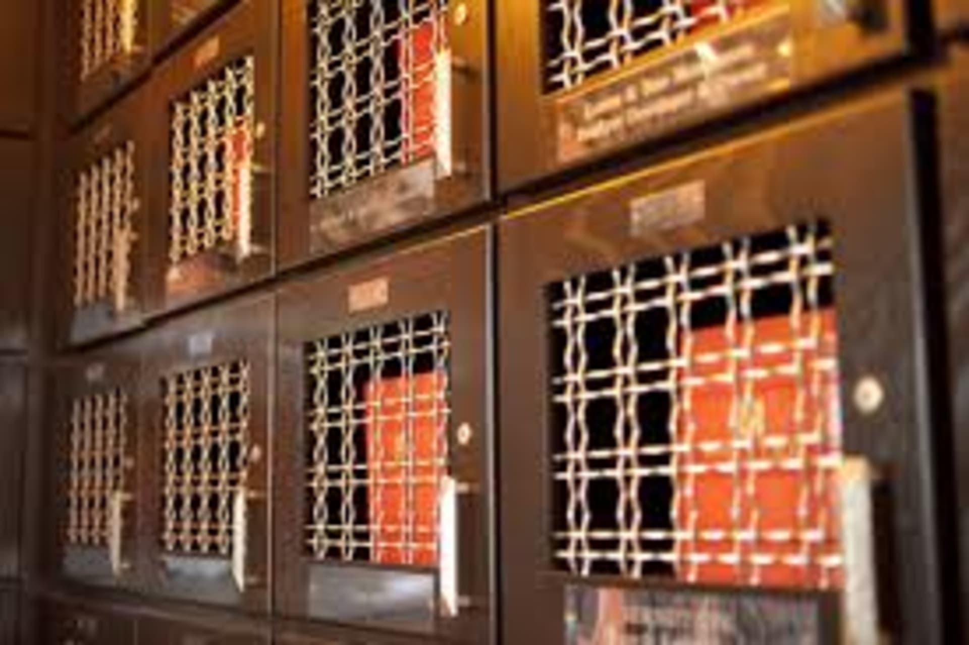 wine lockers