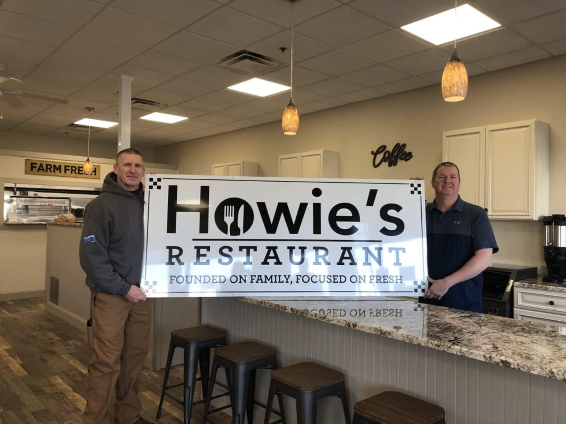howie's restaurant sign
