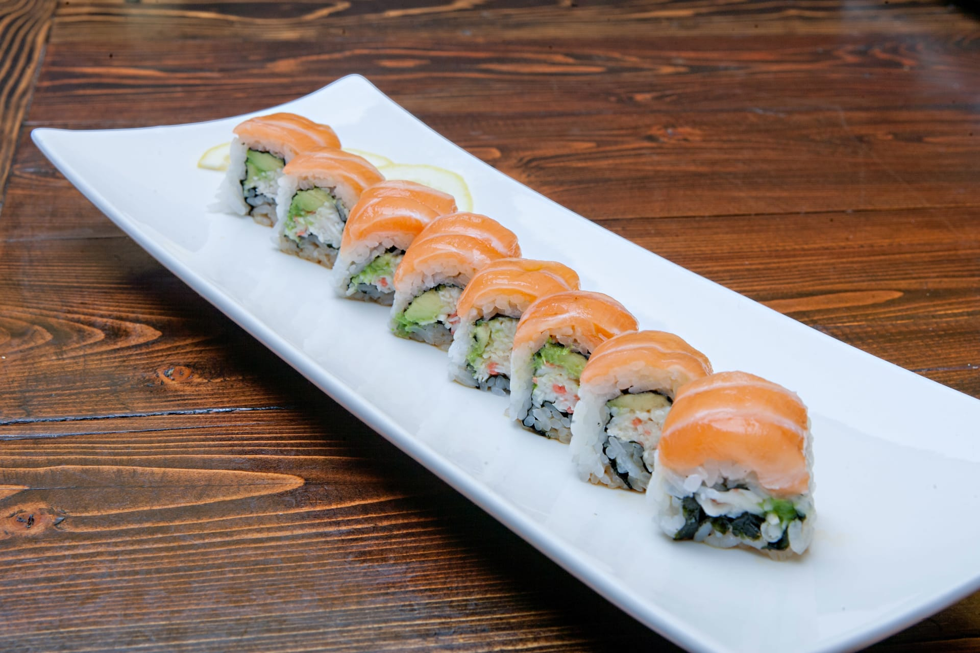 salmon on cali roll