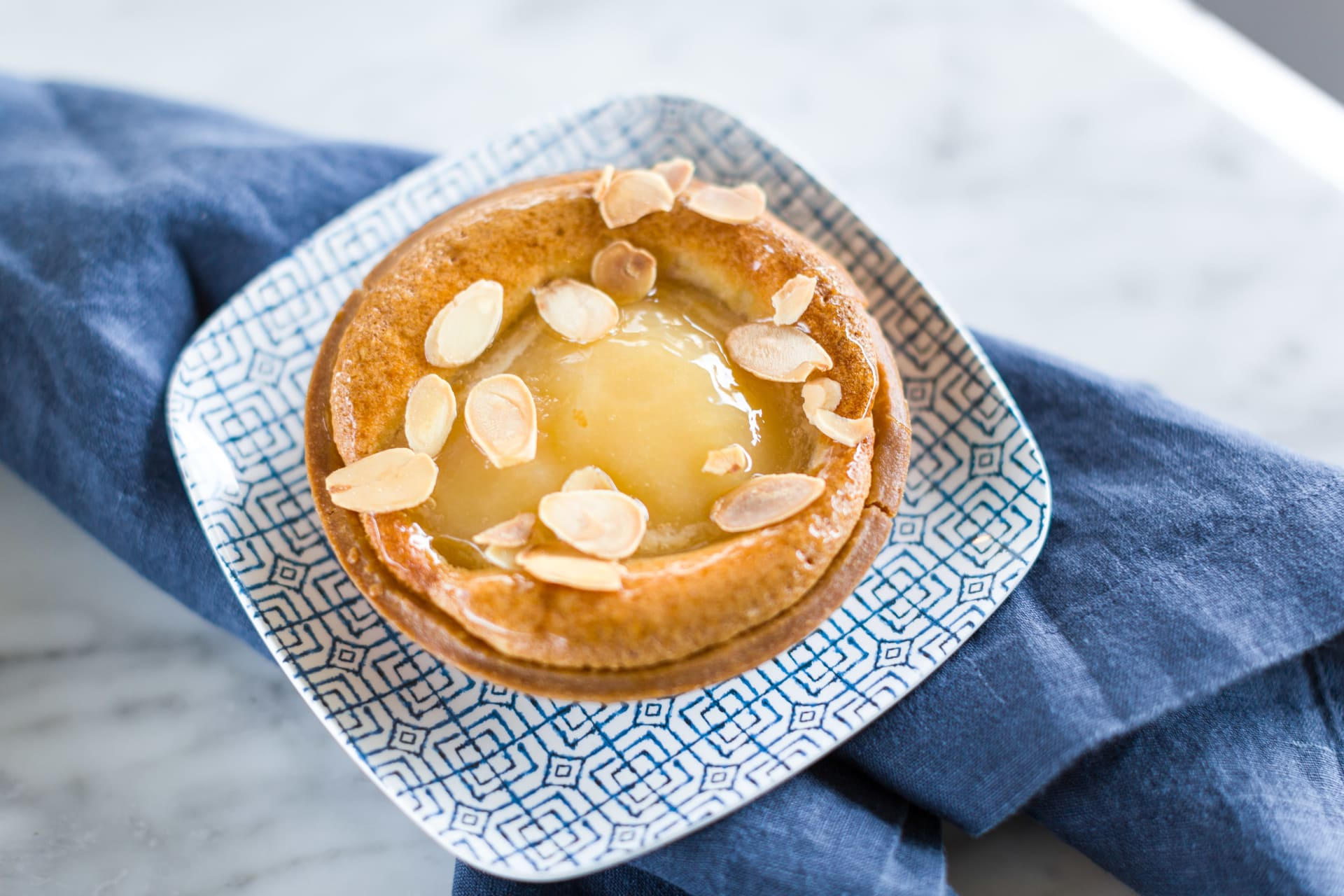 almond pear tarte