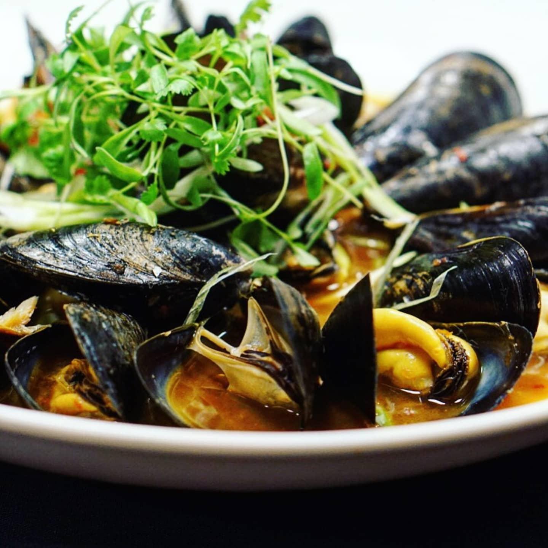 Hong Kong Mussels