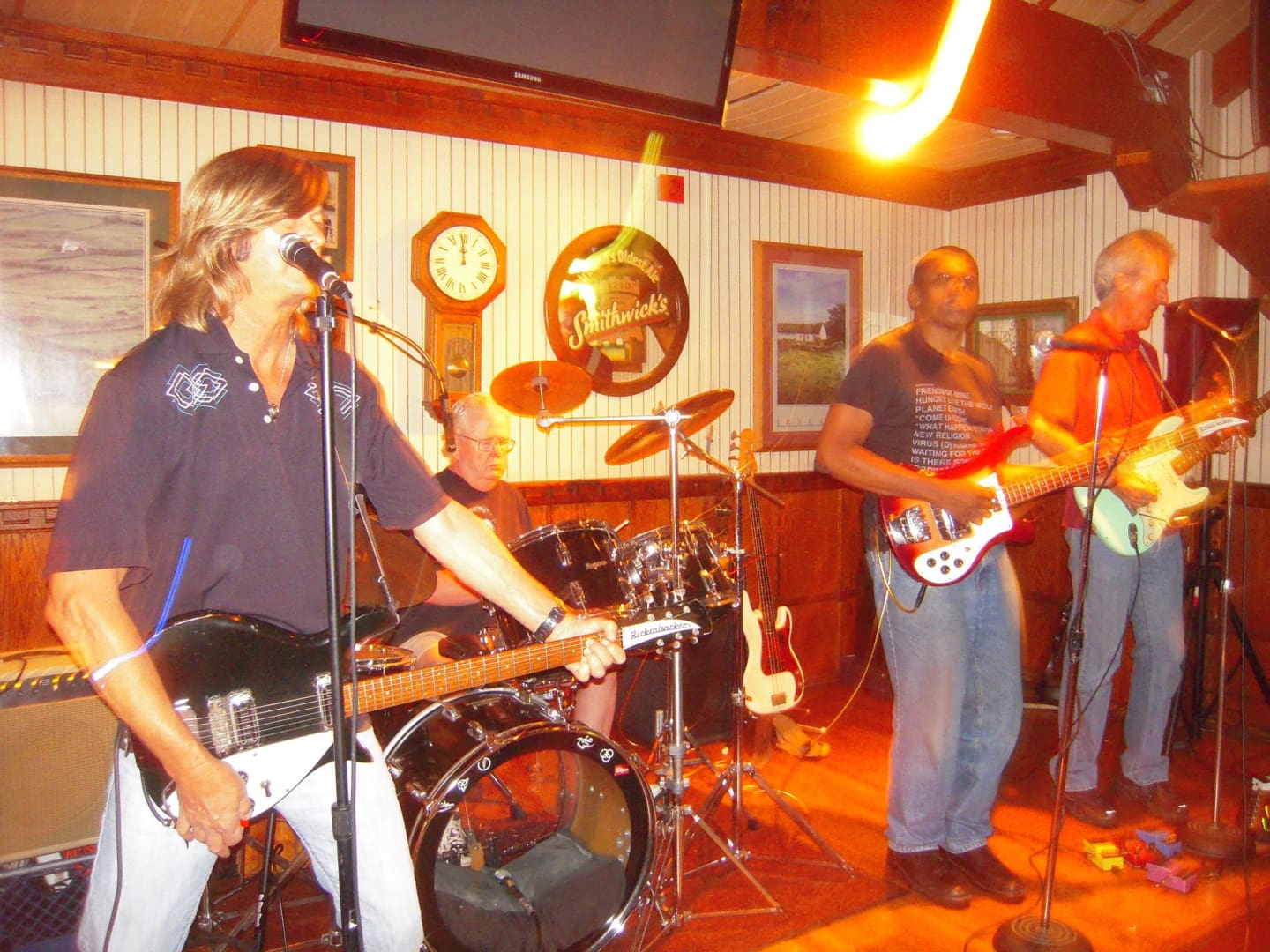 JULY 3 / THE SURF TONES