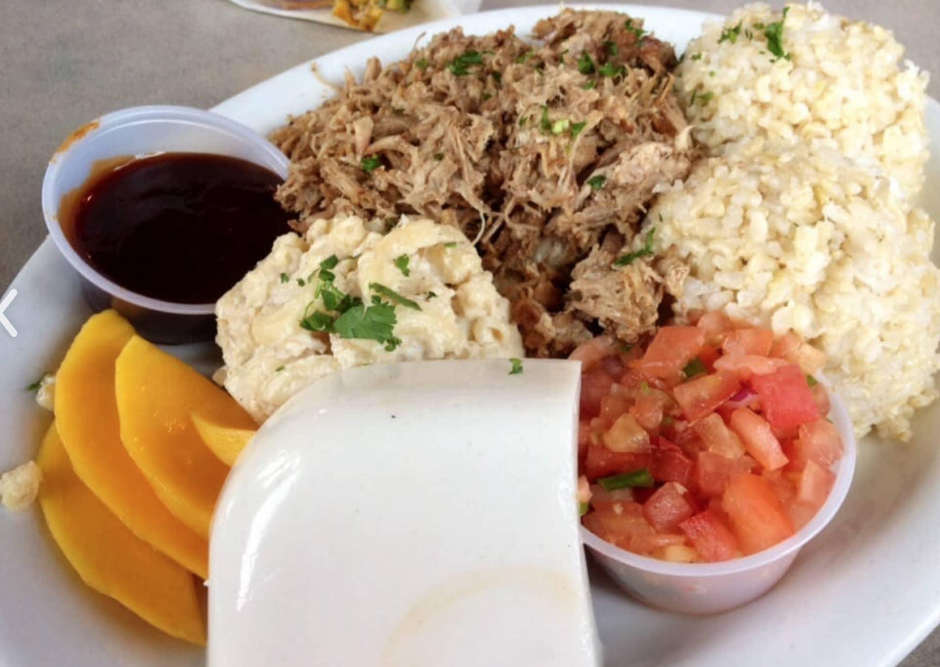 Luau Plate