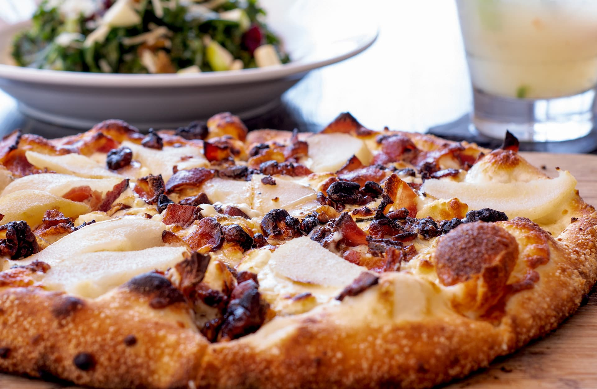 PEAR, GORGONZOLA & BACON
