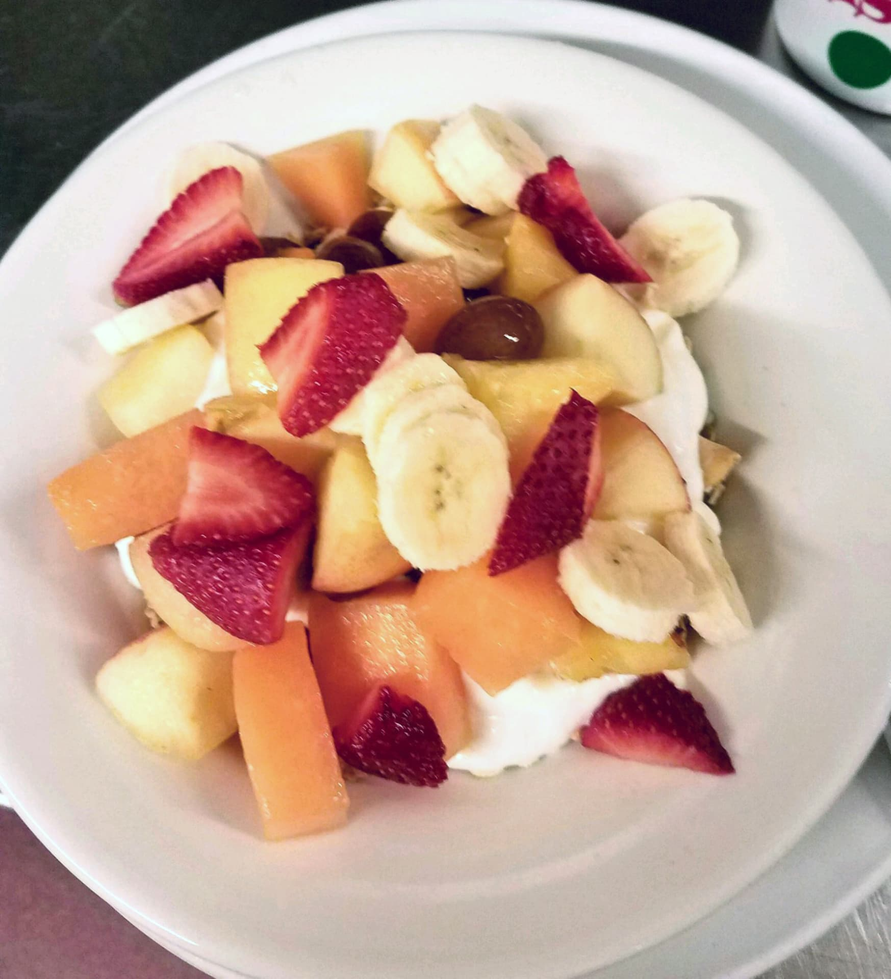Yogurt, Granola & Fresh Fruit Bowl