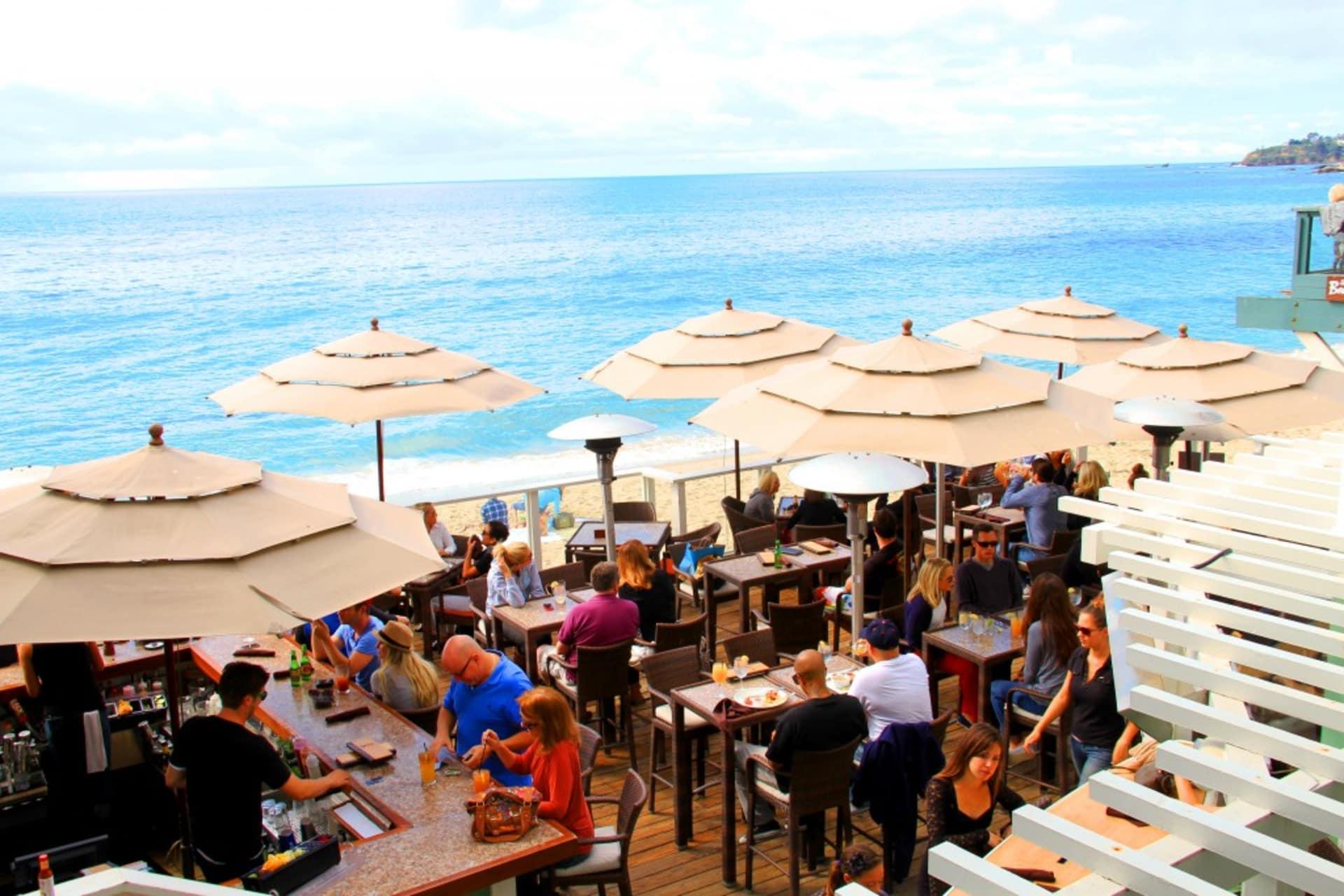 Oceanfront Dining in Laguna Beach