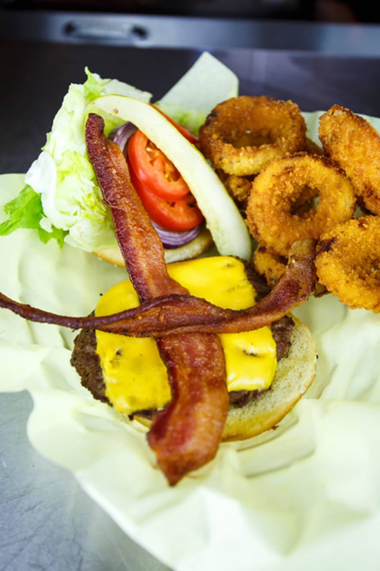 JT's ½ Pound Burger