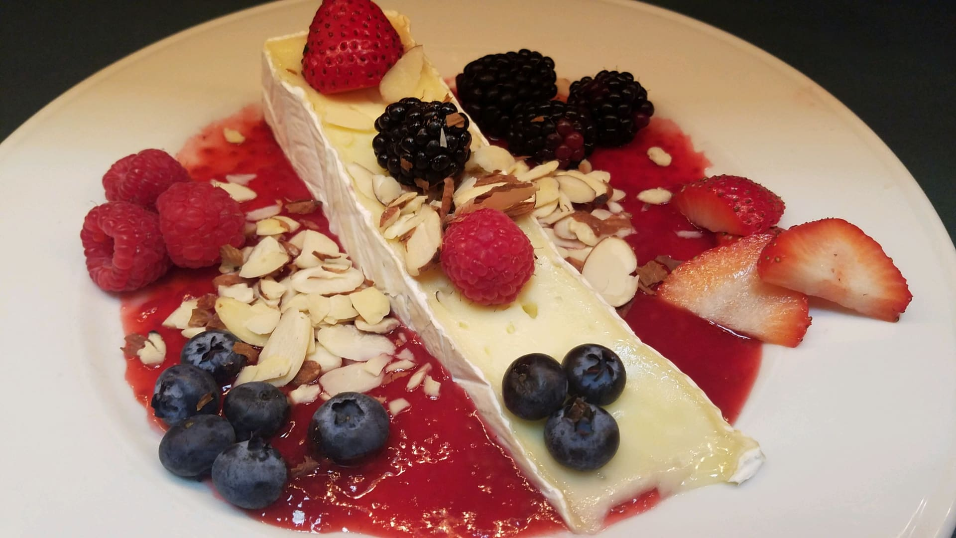 Baked Brie with Almonds
