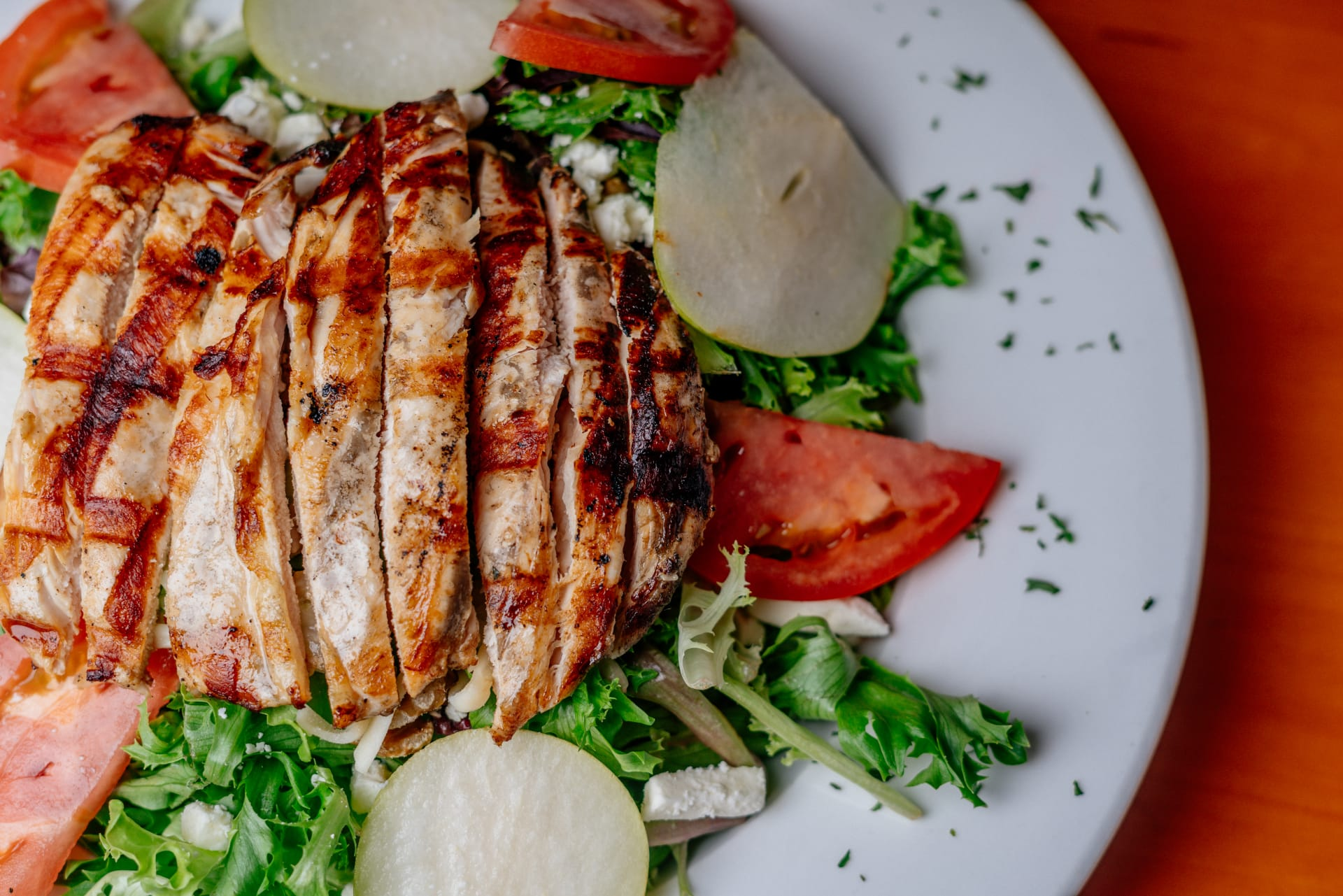 Seasonal Salad with Grilled Chicken