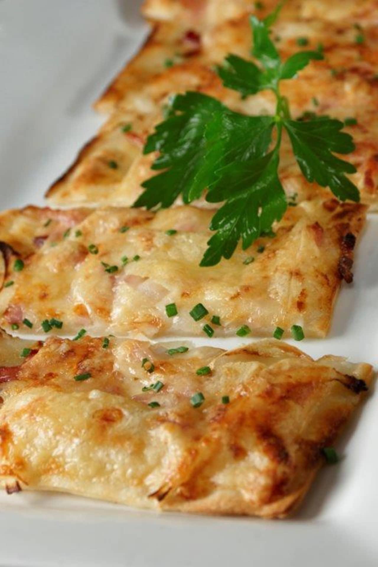 YGs Alsatian Pizza
