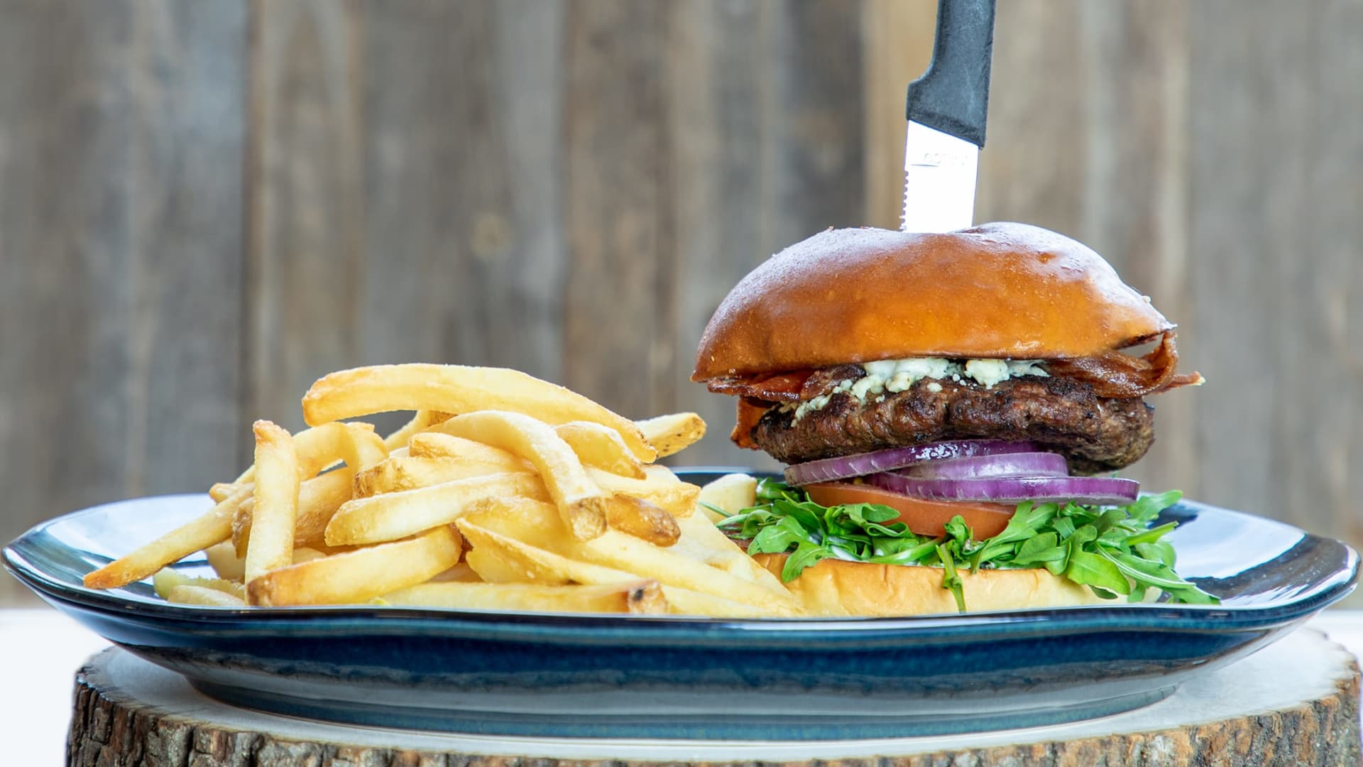 Steakhouse Blue Burger