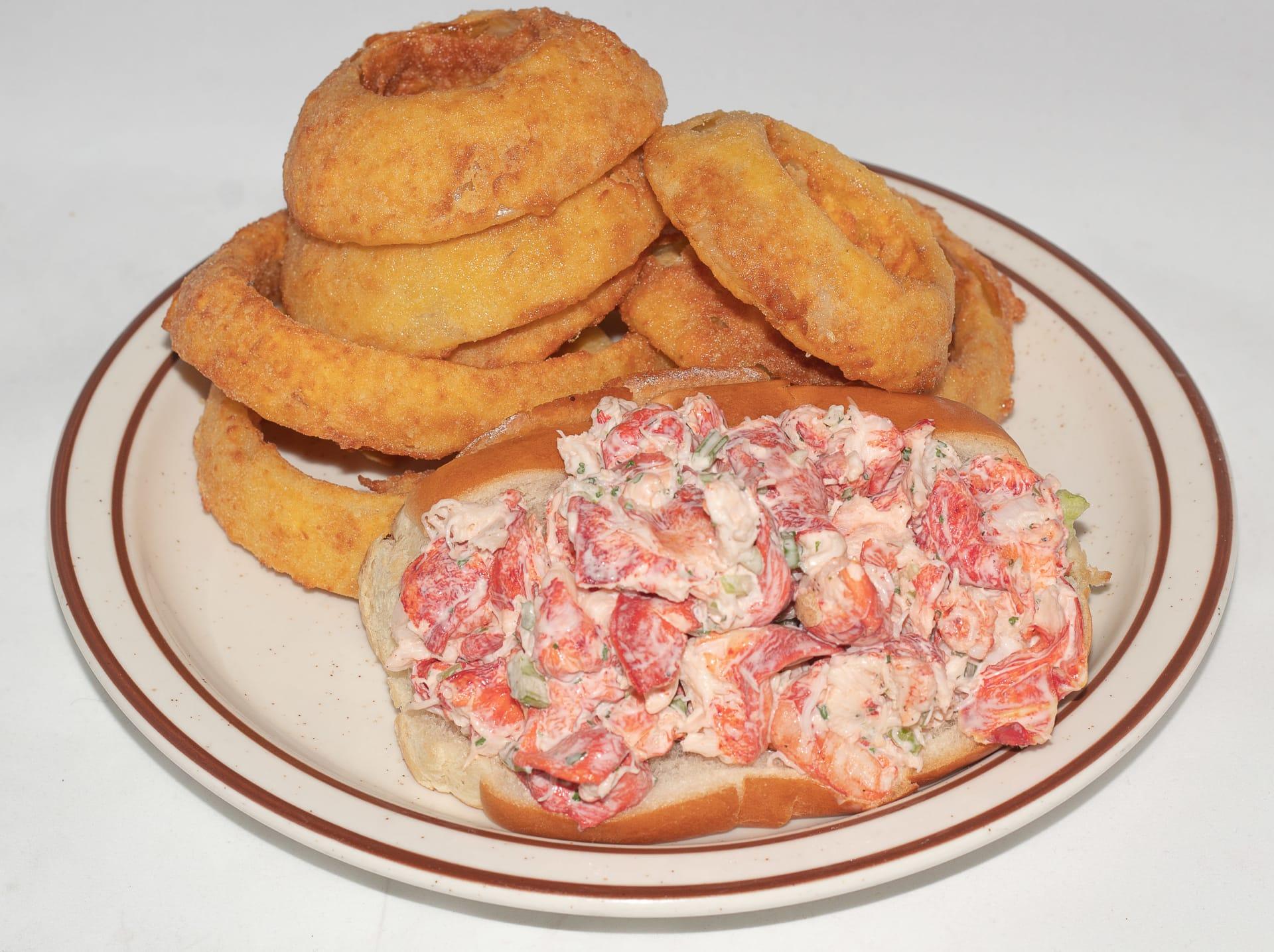 Fresh Lobster Roll