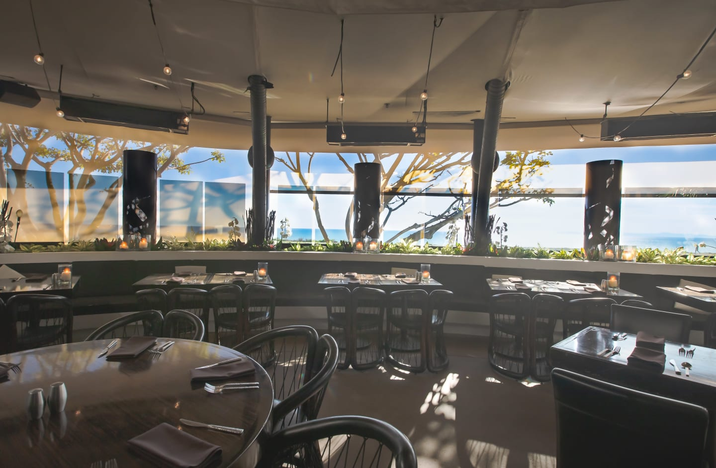 Oceanview Patio Javier's Newport Beach Copyright © 2019 SNAPTASTE®  INC.