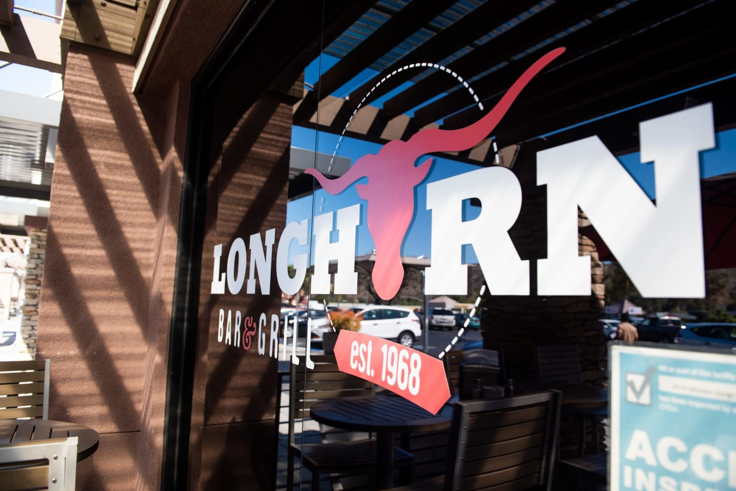 long horn bar & grill logo