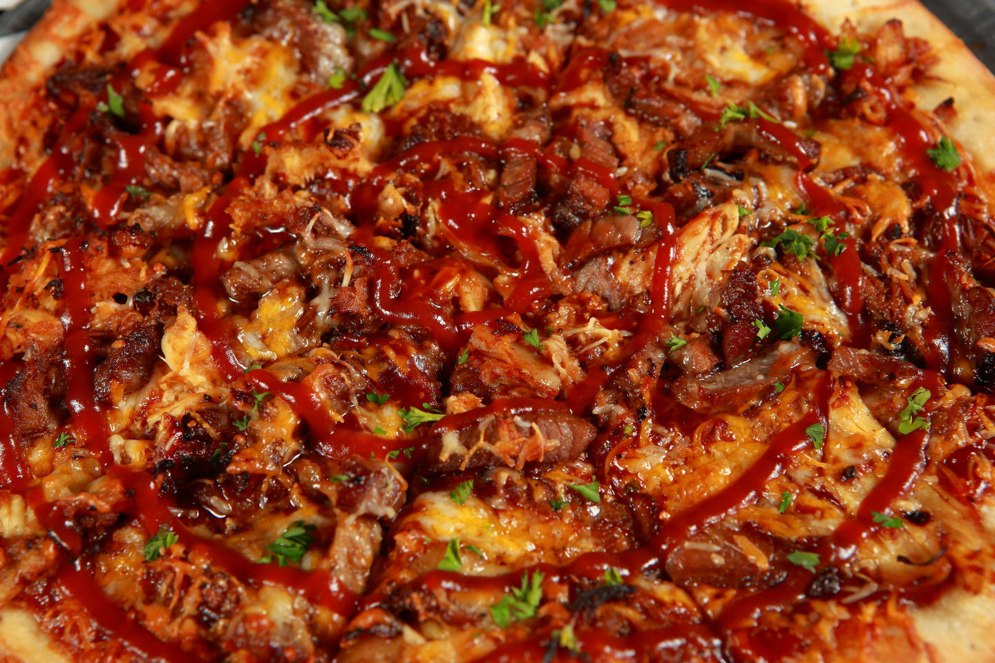 smoked meats pizza