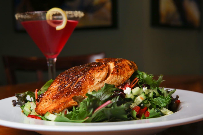 blackened salmon house salad